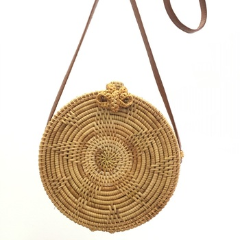 Rattan Bags Handbags For Women 2018 Bali Bohemian Summer Beach Bag Fashion Hot Shoulder Crossbody Round bolsa Straw Bag