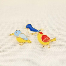 Free Shipping Cartoon Cute Colourful Bird Brooch Pins Badge Jeans Bag Clothes Decoration Fashion Jewelry For Women Gift