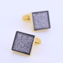 Qi Wu Luxury Gold Cufflinks Mens Wedding Gift Crystal Square Men Shirt Cuff Buttons Acryli Golden Arm links Groom Gifts