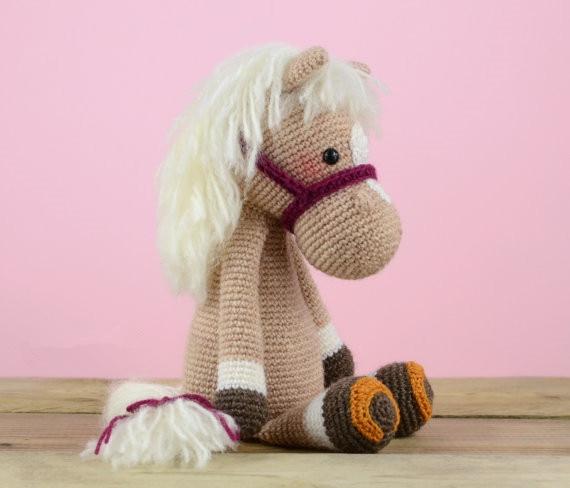 Gehaakte Paard baby rammelaar speelgoed pop gift 2