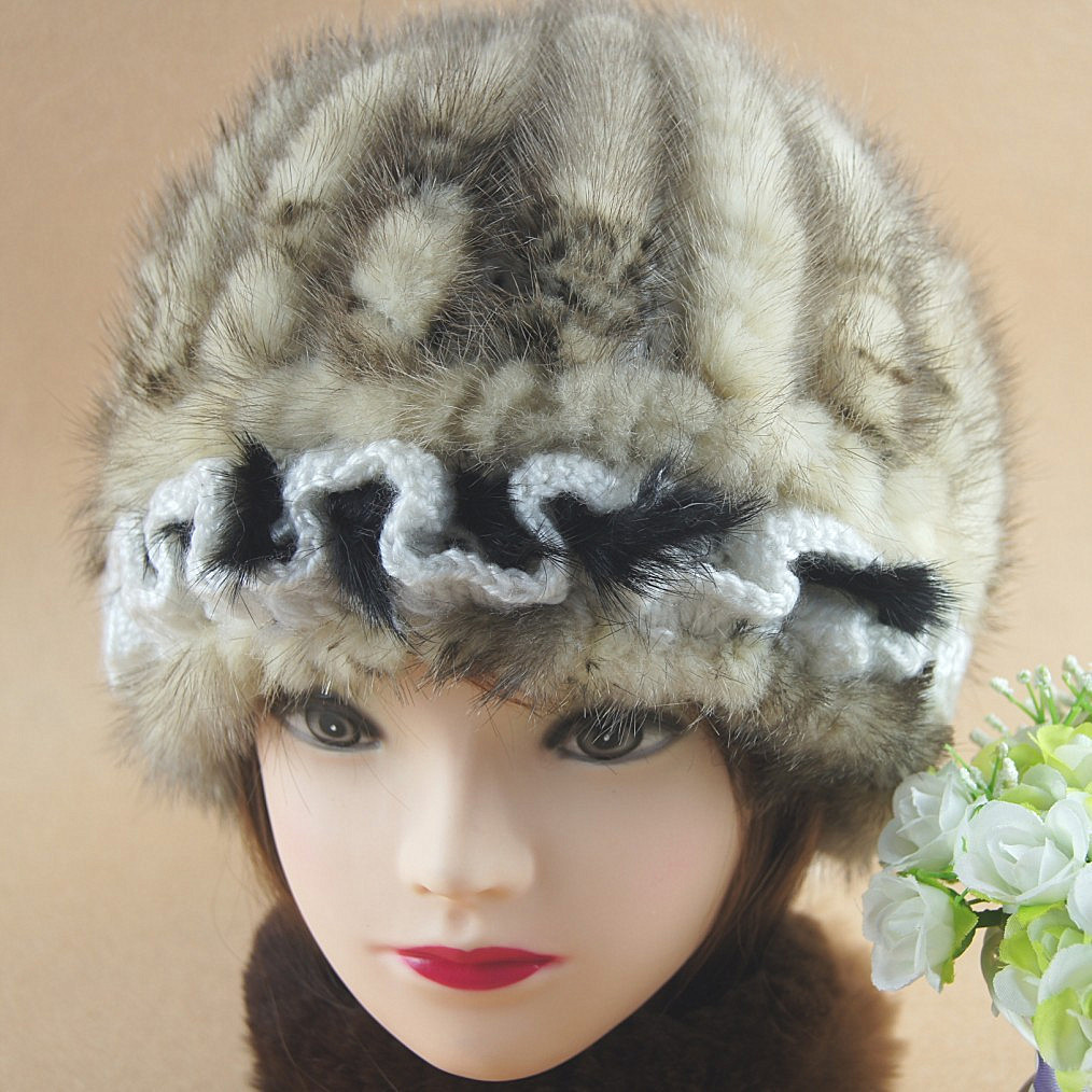 ФОТО H367~2016 new arrival autumn white brown genuine mink cap with lace, knitted Wholesale winter women hat with fur.
