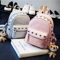 Новый 2016 Женская Мода Кожа PU Заклепки Рюкзак Школьные Сумки для Девочек-Подростков Дамы Небольшой Милый Рюкзак A306 Черный и розовый