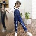 2016 Meninas do Outono Infantil Calça Jeans Macacão Padrão Bolso Denim Calças Jumpsuit Jardineiras calças de Brim das Crianças Crianças Roupas de Bebê Macacão