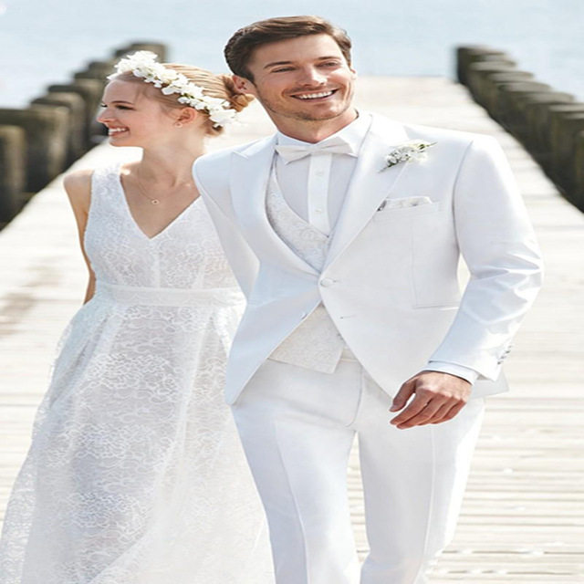 White Wedding Suits For Men Slim Fit Bridegroom Mens Suit Tuxedos 2017 Terno Groomsmen Peaked Lapel Business Jacket