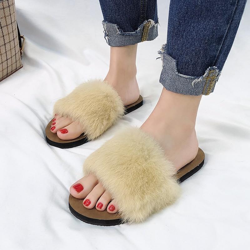 Для женщин Летние тапочки на кроличьем меху слипоны шлепанцы пляжные шлепанцы модные сандалии летние шлепанцы из дверей обувь плоская подо...
