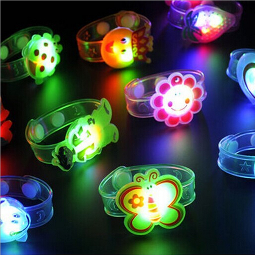1pcs Cartoon LED Night Light Party Xmas Decoration Colorful LED Watch Toy Kids Flash Wrist Band Glow Luminous Bracelets Gifts colorful waterdrop cartoon led charging night light