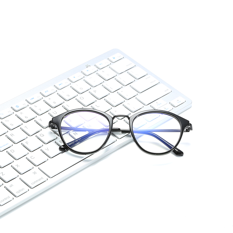 Simvey 2017 Fashion Vintage Computer Glasses Anti Blue Light Blocking Glasses Women Men TR90 Gaming Glasses High Quality
