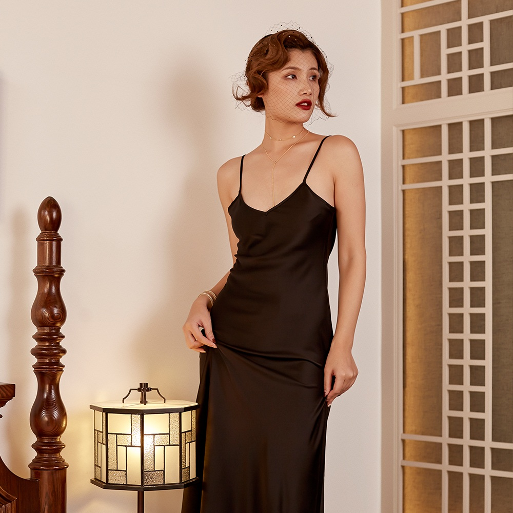 6ccd7c52b9 Lala s Peach silk nightgowns Long satins nightdress women Bath Robe female  nightwear sleeping clothes sexy lady evening dress -in Nightgowns    Sleepshirts ...