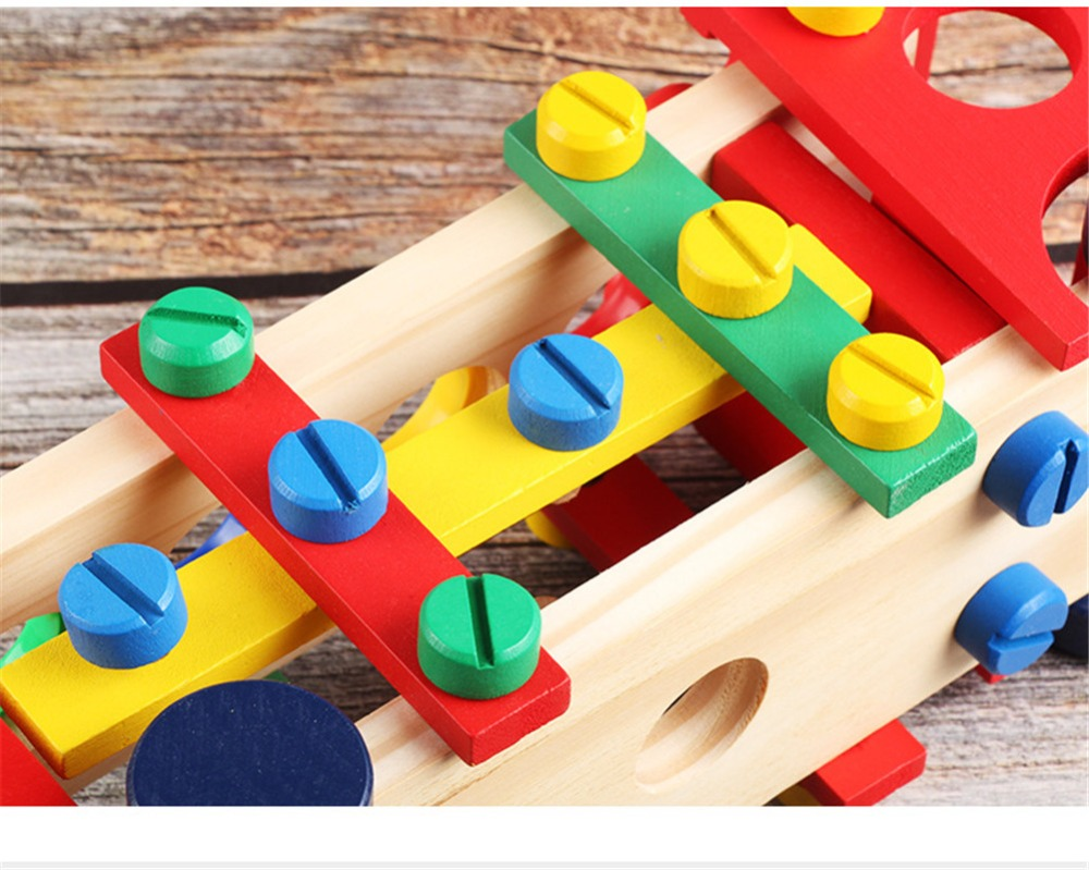 Wooden Assembly Toy Truck Puzzle 24