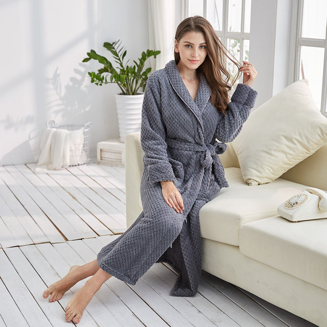 57533e437d Tony Candice Robe Women Sleepwear Winter Grande Taill Girl Nightgown Fleece  Nightdress Sexy Long Robe Soft Female Dressing Gown-in Robes from Underwear  ...