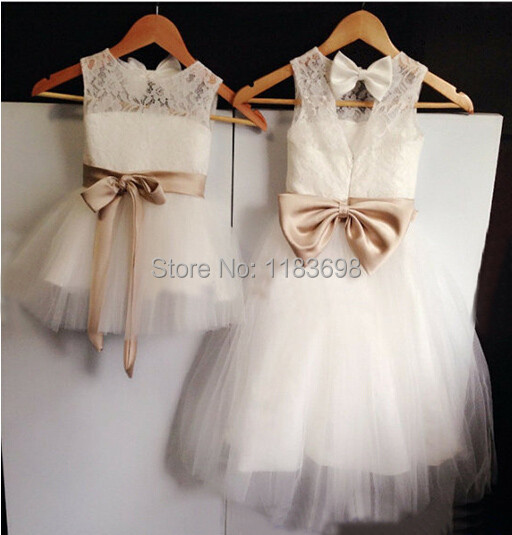 2017 New Backless   Flower     Girl     Dress   with Bow Wedding Party   Dress   Pageant   Dress   for Little   Girls   Kids/Children   dress   for Wedding