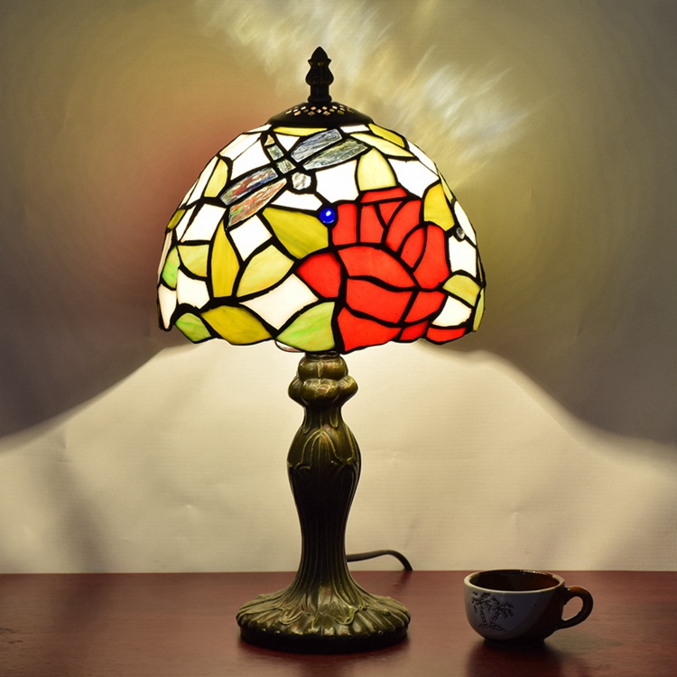 Stained Glass American garden roses Creative Retro Art bedroom Bedside decorative desk lamp 110-240V Ornament Dragonfly lamp
