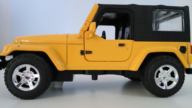 Toys For Boys To Color : 1 32 jeep toys for children diecast car for kids yellow color