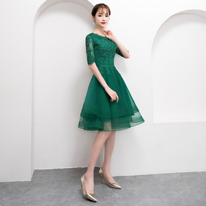 Image 3 - אלגנטי ירוק קצר טול שמלה לנשף עם חצי שרוול סקסי תחרה Applique באורך הברך פורמליות שמלת ערב המפלגה שמלה בתוספת גודל