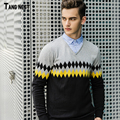 TANGNEST Men's Casual Pullovers 2017 New Arrival Korean Style Men Printed V-neck Slim Sweaters Male Autumn Wear Sweater MZL641