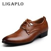 Na Nowy 2017 Mężczyźni Buty Skórzane Dorywczo Brązowy Czarny Tanie mężczyźni Ubierają Buty Oxford Mężczyzn skórzane buty Plus rozmiar 45,46, Biznes buty