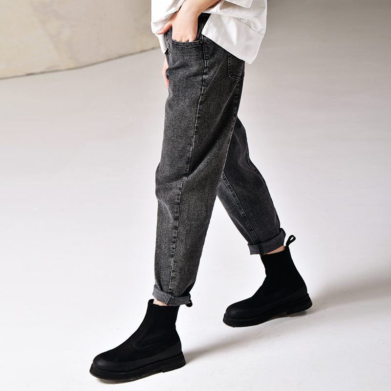 N3800 Artistic large size stretch straight tube radish nine points grey jeans women