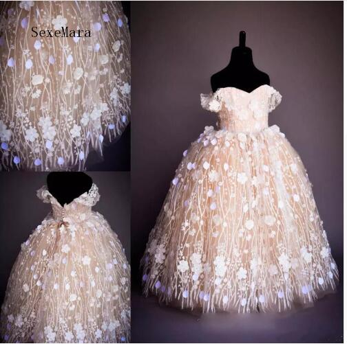 Newest and Hot Sale   Flower     Girl     Dress   For Little   Girls   Party And Wedding with 3D   Flowers   Fabulous Ball Gowns Pageant Gowns Longo