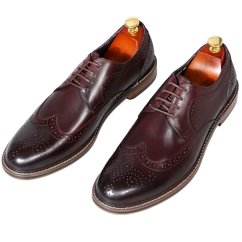 Mens Vintage Carved Business Dress Shoes Handmade England Casual Leather Shoes Black Oxford ShoesMens Vintage Carved Business Dress Shoes Handmade England Casual Leather Shoes Black Oxford Shoes