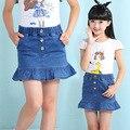 2017 летом новорожденных девочек короткие джинсовые юбки для детей волан синяя кнопка выше колена маленьких детей мини оборками джинсовая юбка FH330