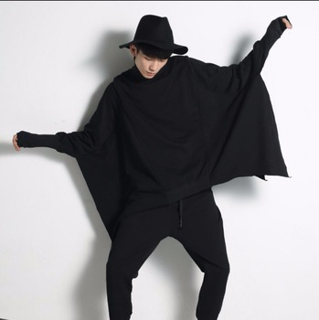 Hot New Cloak Cape Batwing Sweatshirts Nightclub Men Fashion Loose Hoodies Personality Pullover Outerwear Hairstylist Coat