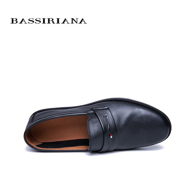 BASSIRIANA 2019 New Genuine cow Leather men casual shoes round toe Good quality comfort black spring autumn 39 45 size in Men 39 s Casual Shoes from Shoes