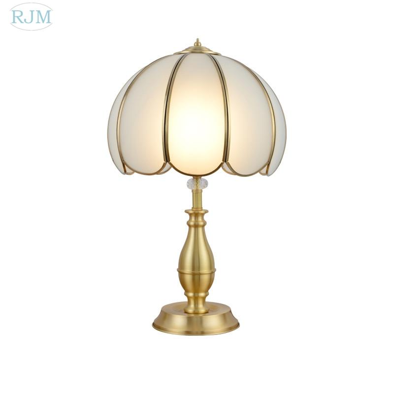 Moderne Lampe de Table Européenne De Cuivre Lampe de Bureau Salon Salle D'étude Lampe Chambre De Chevet Simple Bureau Lampe De bureau Décoration