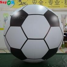 7487e540309f6 Sayok 1.5 m/2 m modèle de Football gonflable géant ballon de Football en  PVC ballon d'hélium pour l'amusement plage piscine Spor.