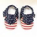 EE.UU. Bandera Primeros Caminante zapatos de Bebé de Cuero Colores Mezclados Niño Bebé mocasines Franja raya de los muchachos Calza El Envío libre
