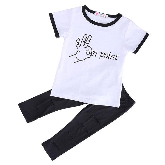 3bd4ab4234d4d Enfants Bébé Ensembles de Vêtements De Mode Enfants Bébé Filles Main  Imprimer Haut À Manches Courtes