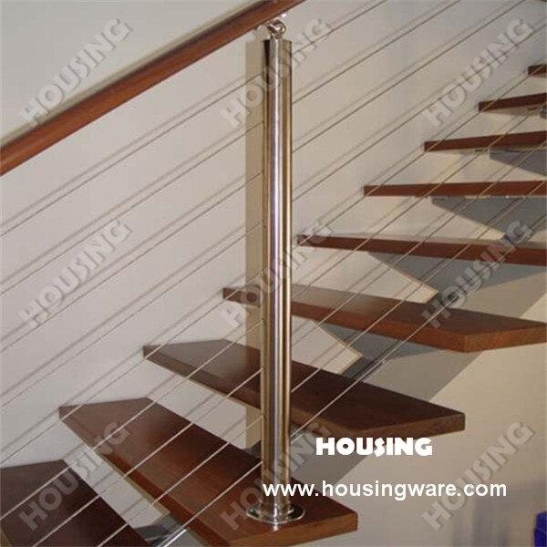 Moderna escalera de madera balaustradas y pasamanos con - Barandillas escaleras modernas ...