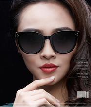Laura de Hadas 2016 de Las Mujeres Remache Retro gafas de Sol de Protección UV400 Gafas de Sol de Alta Calidad Gafas De Sol Mujer