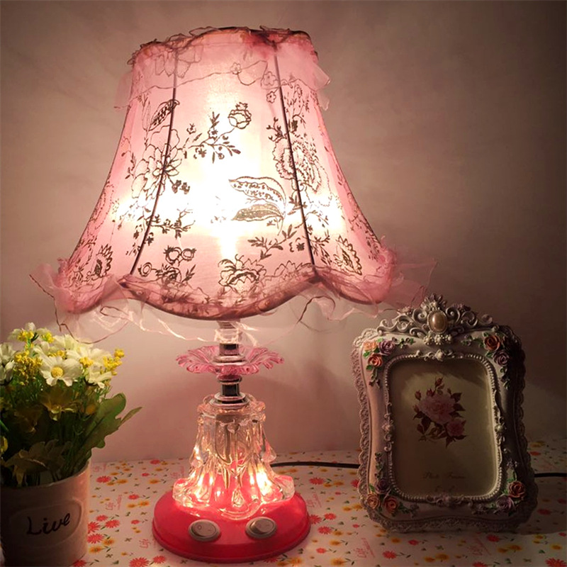 European Hand Paiting Rose Carving Table Lamp for Bedroom Bedside Wedding Room Night Lamp Led Table Lamp Remote Control  220vEuropean Hand Paiting Rose Carving Table Lamp for Bedroom Bedside Wedding Room Night Lamp Led Table Lamp Remote Control  220v