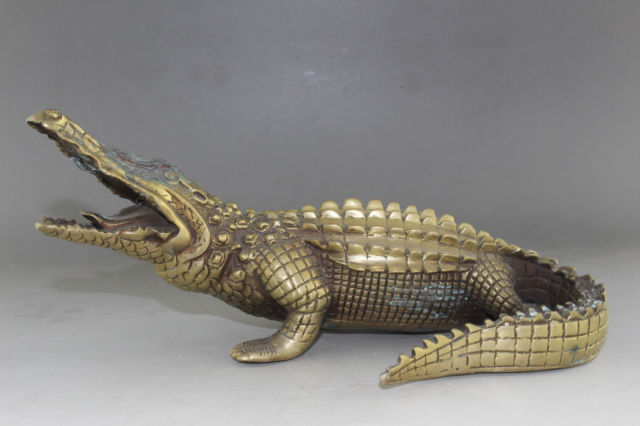 26 cm */ Chinese old brass hand carved alligator statue hobby collectibles
