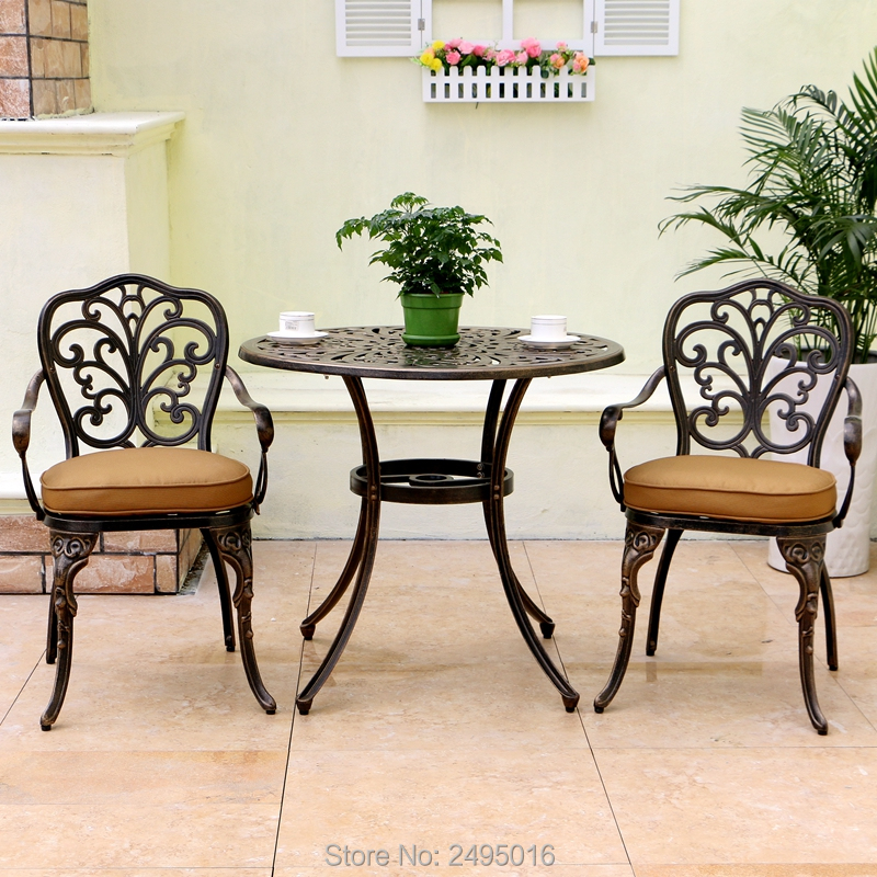где купить 1 table with 2 chairs New Patio Furniture modern Design garden chair and table Cast Aluminum Bistro Set in Antique Copper по лучшей цене