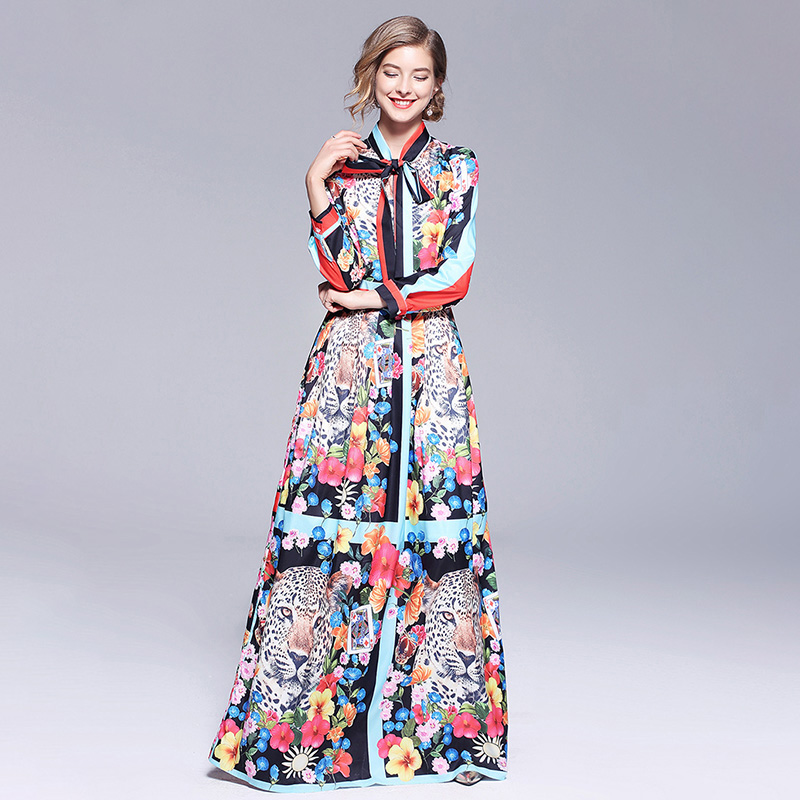 Runway Dresses 2018 Women High Quality Bow Neck Vintage Animal Print Party  Dresses Designer Long Maxi Dress Vestidos Robe Femme-in Dresses from Women s  ... c998cc08171b