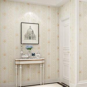 Image 3 - Di alta qualità caldo rosa strisce verticali carta da parati soggiorno camera da letto 3D Europeo pastorale fiore non tessuto carta da parati TV posteriore