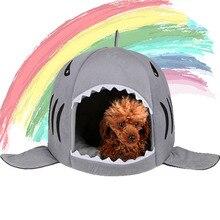 Plyšový pelíšek pro psy ve tvaru žraloka