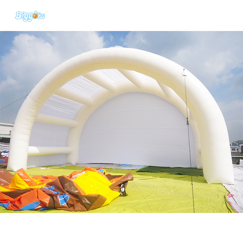 Outdoor white inflatable car garage tent with blowers for sale