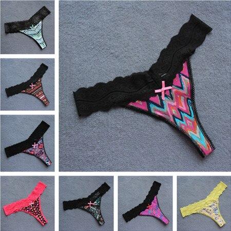 Torrid  Diamond  Print Lace Trim Cheeky Panty NWT  sz 2 plus