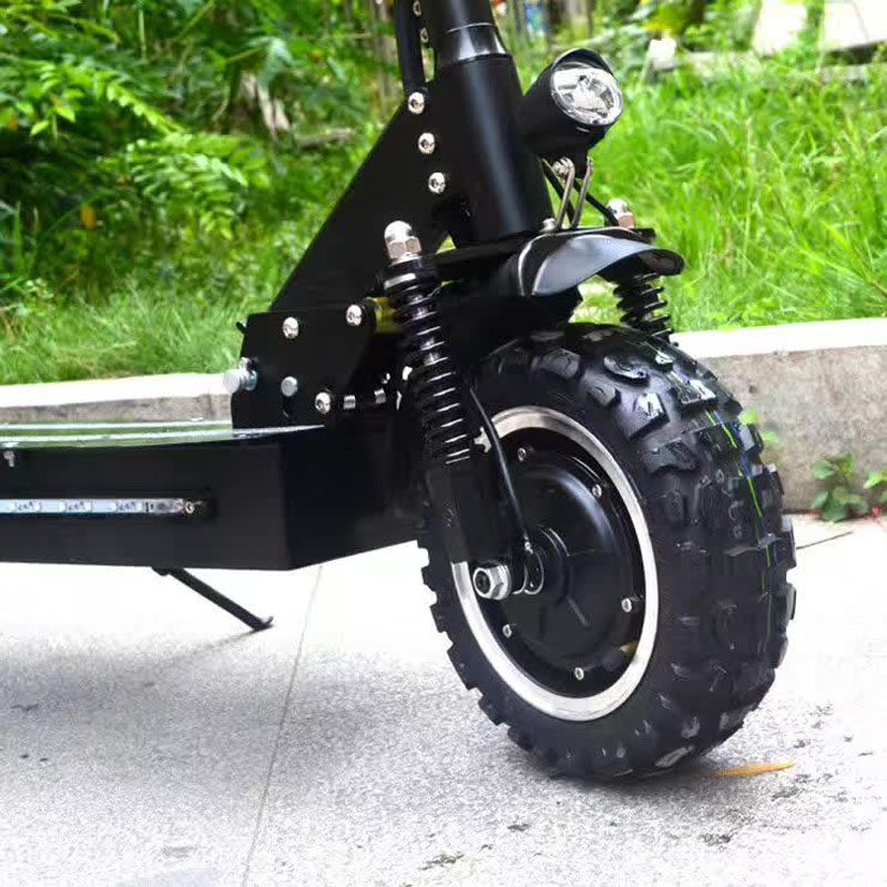 2400W Strong Power and off-Road Suspension Electric Scooter