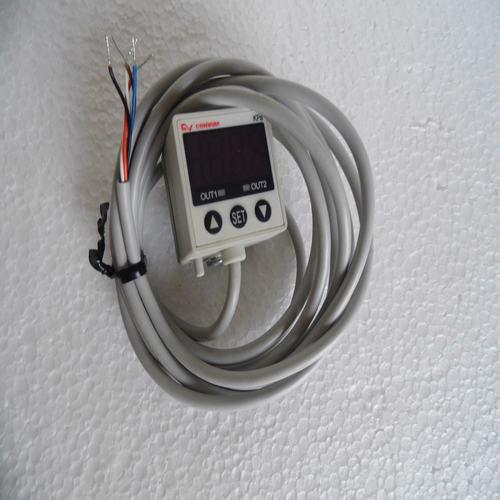 new original CONVUM pressure switch MPS-R33RC-NGA-M Spot new and original kp1 060 110366 pressure switch 0 9 7bar