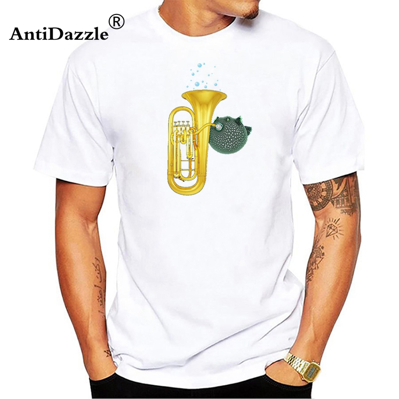Antidazzle Puffer Fish Playing Tuba Printed T-shirts Men Round Neck Tops Tees Casual Men's Clothing Summer Style T shirts Funny
