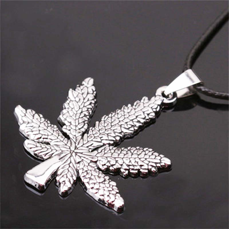 PUN fire maple leaves pendant steel choker chain personalized vintage silver necklace men chocker neckless mens chains male