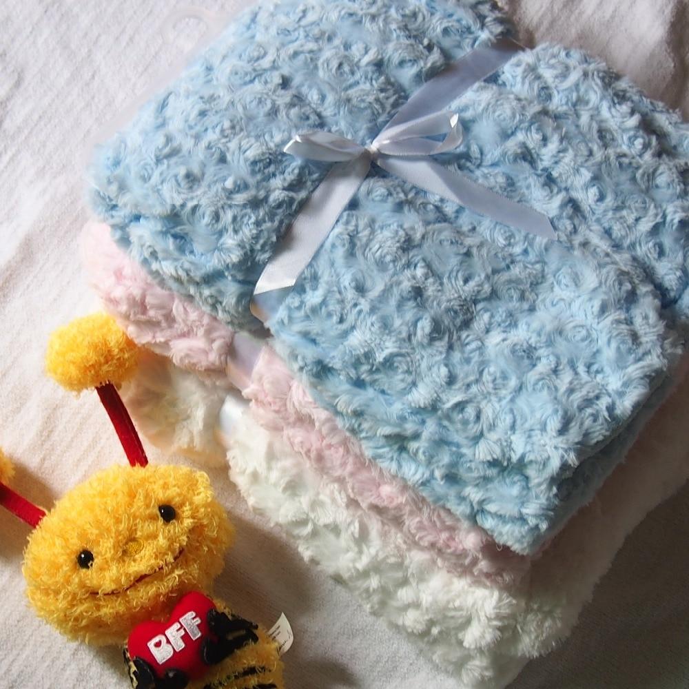 102x75cm White Pink Blue Super Soft Rose Fleece Fluffy