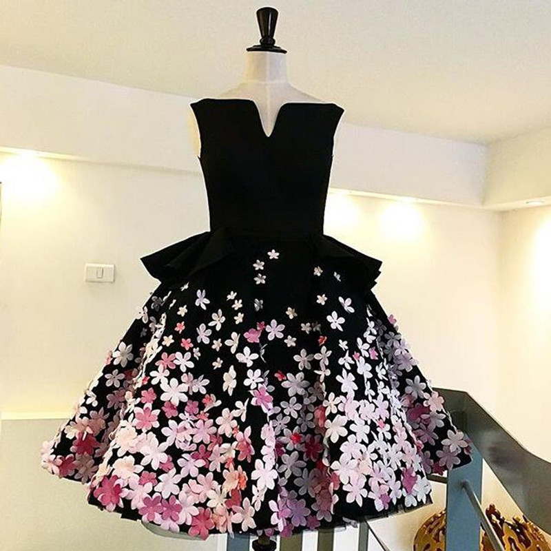 Elegant Mini Short 2017 New Y Ball Gown Black Pink Flowers Women Special Occasion Tail Party Dress Robe De