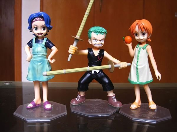 Free shipping One Piece Childhood Figure Set 3pcs Zoro Nami Lily