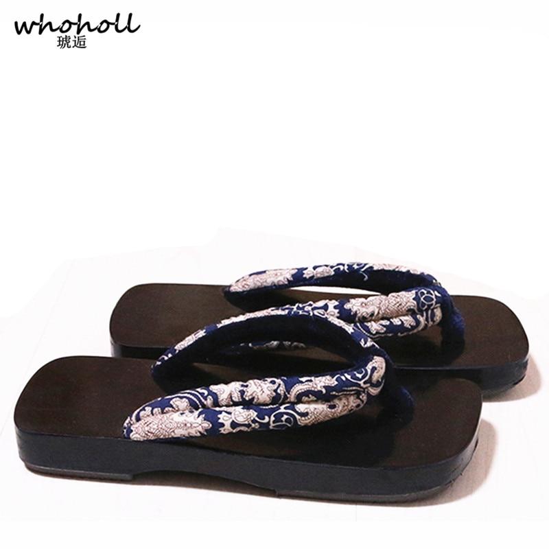 गर्मियों में फ्लिप फ्लॉप - महिलाओं के जूते