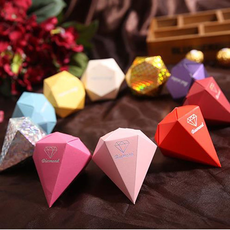 Wedding Gift Table Ideas: 600pcs Diamond Shape Glitter Favour Boxes Wedding Party