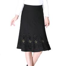 WAEOLSA Middle Aged Woman Black Skirts Sequined Flower Bottoms Women Knee-Leng Skirt Autumn Ladies Pleated Overskirt High Waist